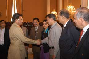 Islamabad workshop: Pres Musharraf greets participants
