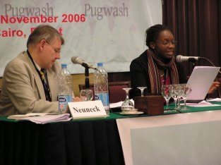 ISYP representative Immaculate Motsi presents the ISYP report to the Cairo conference, 2006
