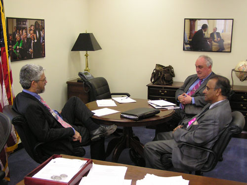 Presidential Science Advisor John Holdren in his office with Pugwash President Jayantha Dhanapala and Secretary General Paolo Cotta-Ramusino, April 28, 2009