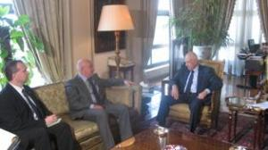 Foreign Minister Dr Nabil Al-Araby meets with Pugwash Secretary General Paolo Cotta-Ramusino