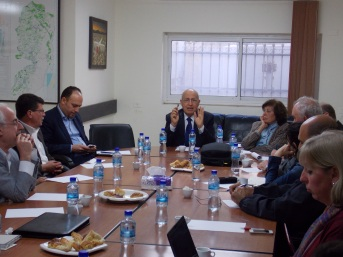 Ramallah roundtable discussion